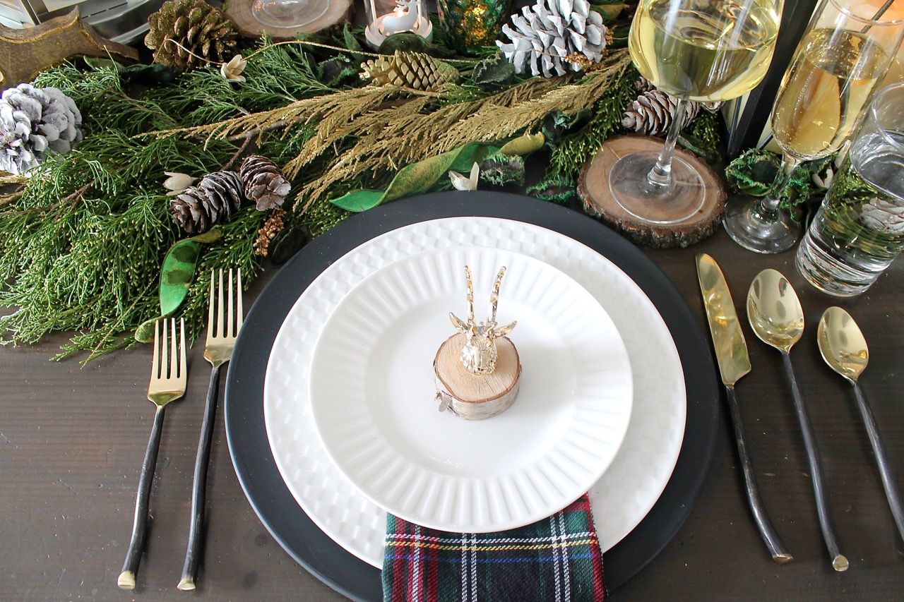 Rustic Glam Christmas Tablescape Amidst The Chaos