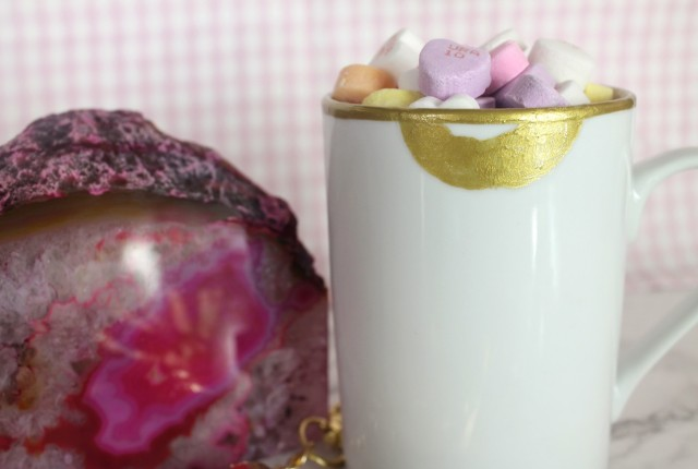 DIY Gold Lips Lip Tease Coffee Mug