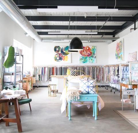 tonic-living-showroom_96203c6f-b0a3-464e-bcb2-9e61b11a4dff_large