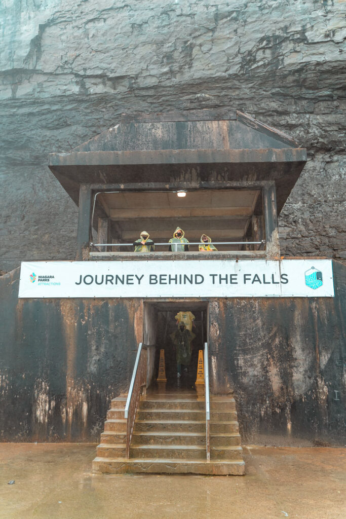 journey-behind-the-falls